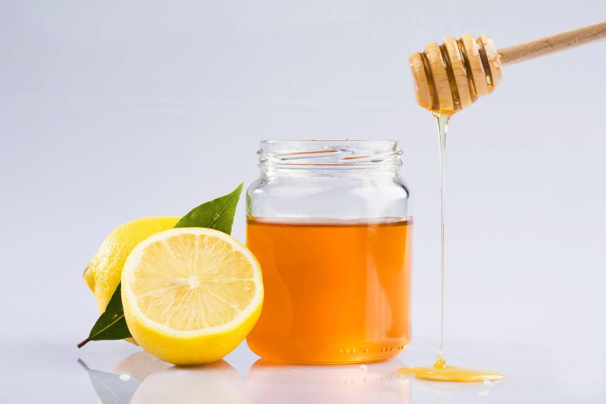 acqua, limone e miele