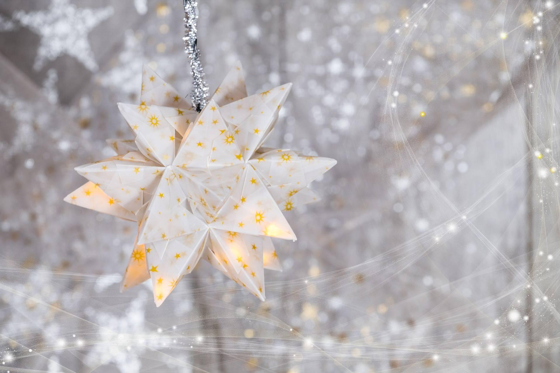Le più belle decorazioni natalizie in carta