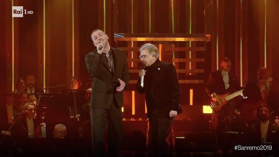 """Sanremo 2019: il testo della canzone di Nino D'Angelo e Livio Cori """"Un'altra luce"""""""