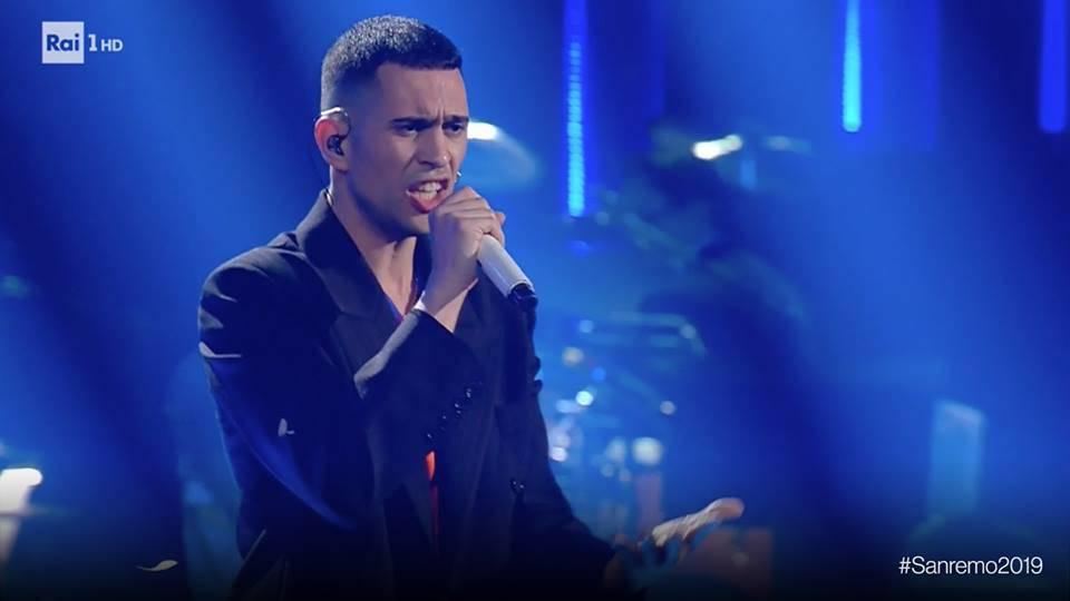 """Sanremo 2019: """"Soldi"""" il testo della canzone di Mahmood"""