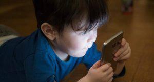 bambini e tablet