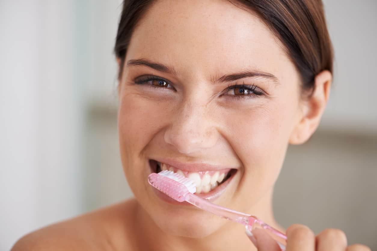 rimedi naturali denti