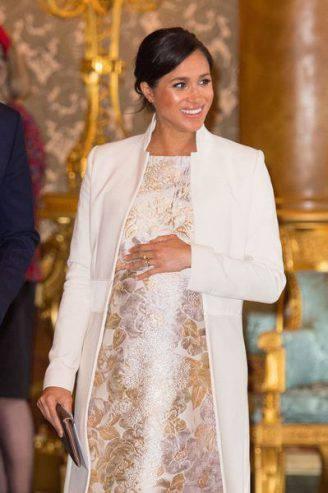 la foto del royal baby su vogue, la regina si infuria