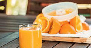bere succo d'arancia ogni giorno