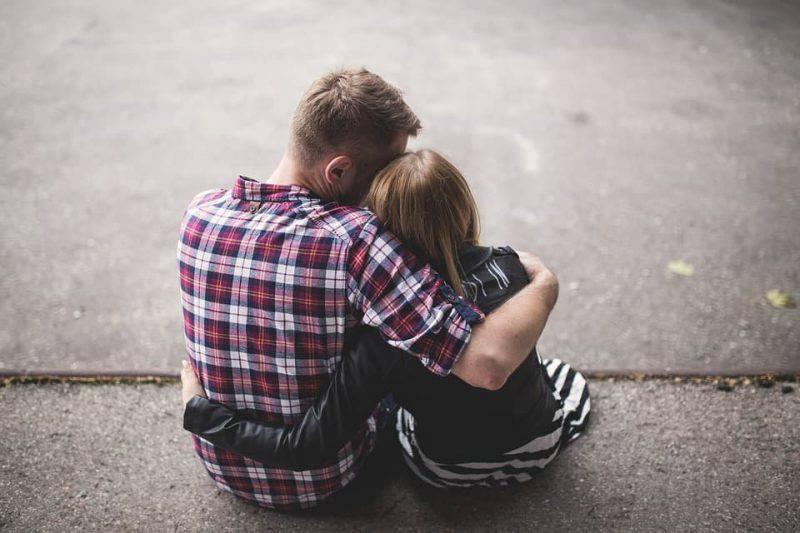 abbracciarsi