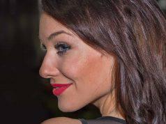 Come creare un effetto abbronzatura con il makeup
