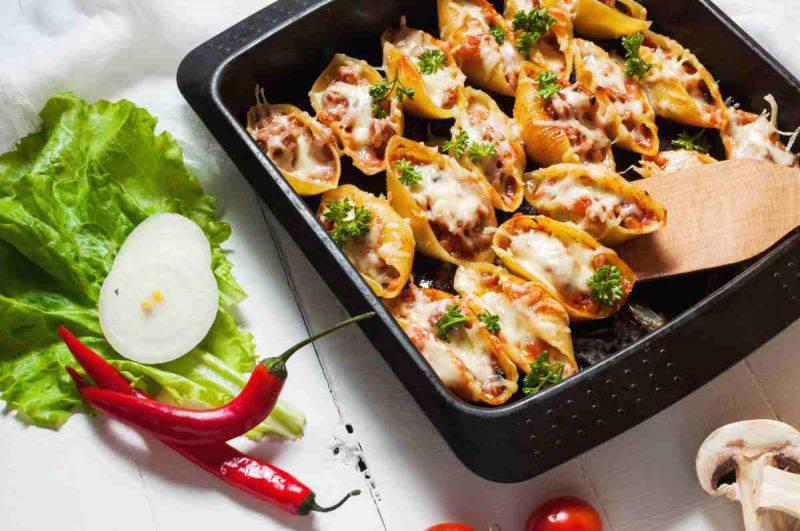 ricetta conchiglioni ripieni al forno