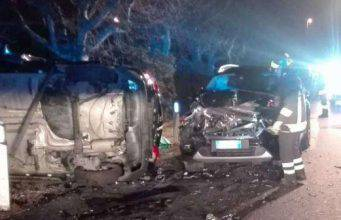 Incidenti stradali nella notte, morti 6 ragazzi tra i 17 e i 23 anni. VIDEO