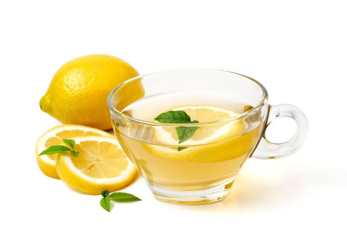 limonata calda benefici