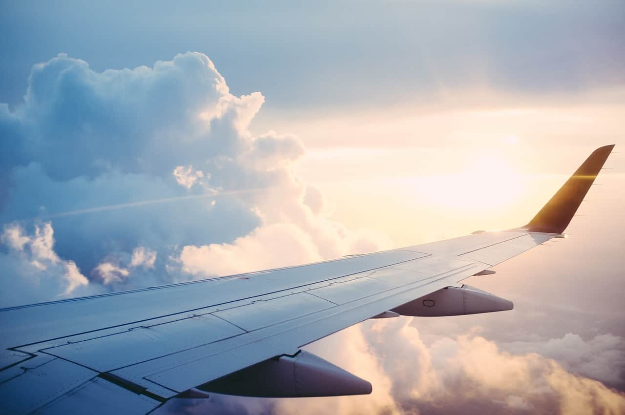 spegnere il cellulare in aereo