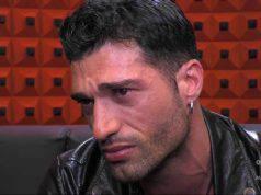 Michael Terlizzi, scatta il bacio con un uomo nella casa del Grande Fratello