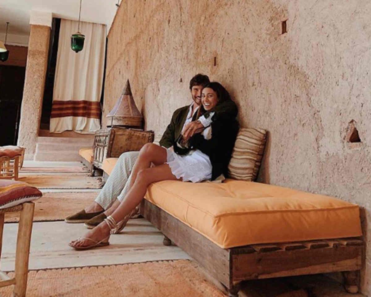 Belen e Stefano De Martino dedica