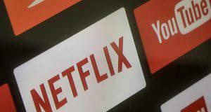 Netflix mette fine alla condivisione degli account tra amici