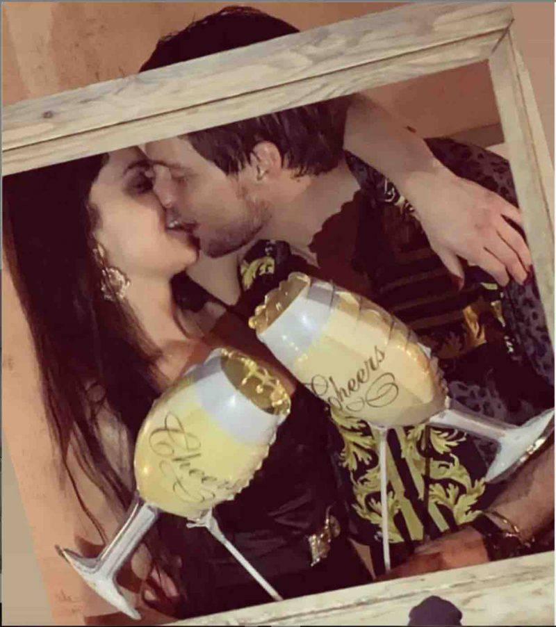 teresa e Andrea bacio