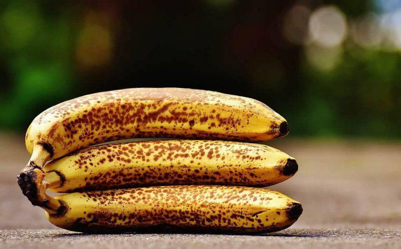 Banane con le macchie nere, 7 benefici per la salute