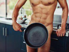 Naturalismo: girare nudi per casa fa bene alla salute