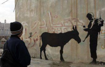 Banksy assente alla Biennale di Venezia: ecco perché