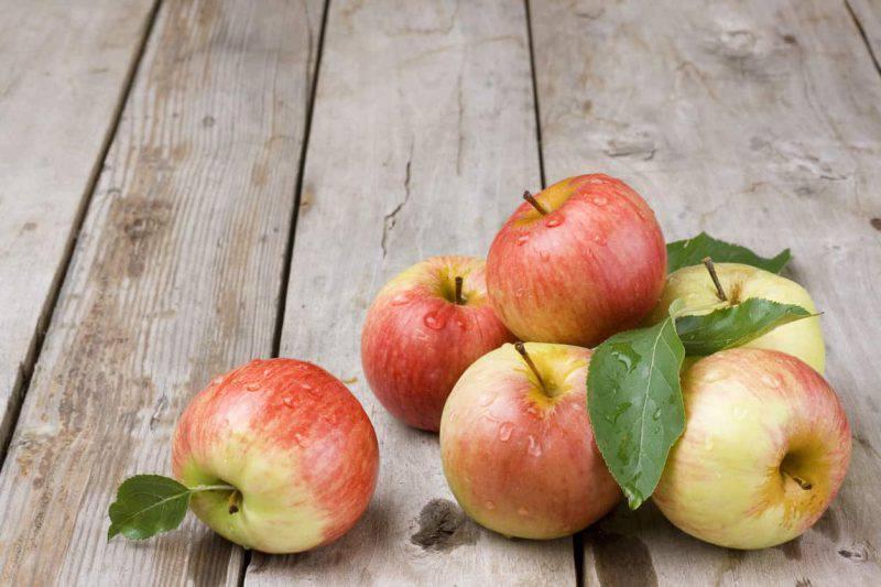 Cosa cucino oggi? Un menu completo per pranzo e cena con le mele