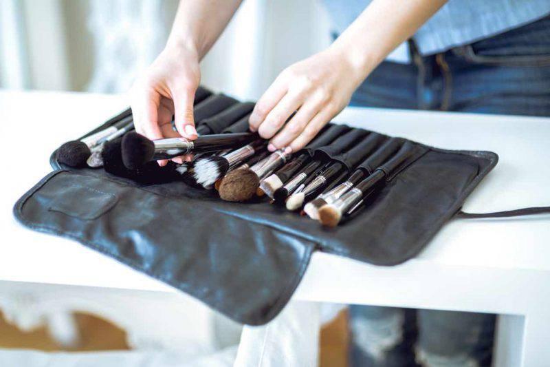 Pennelli trucco, come pulirli in modo naturale