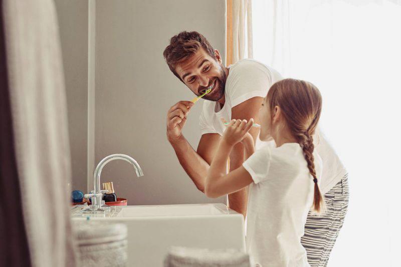 bambini denti igiene