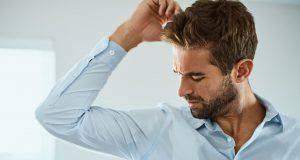 6 odori del corpo che indicano che hai un problema di salute