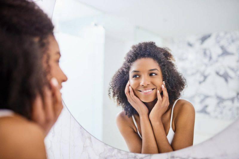 piacersi allo specchio
