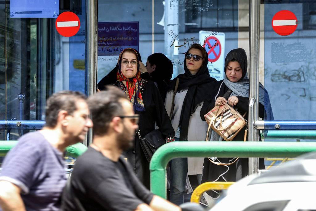 Iran rivoluzione senza veli
