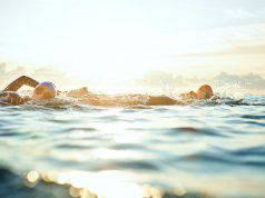 allenamento nuoto mare