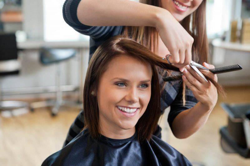 Tagliare i capelli