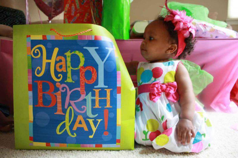 bimba primo compleanno