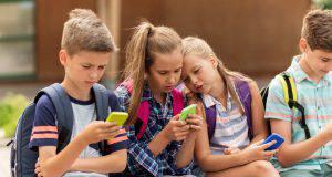 Bambini e social network, i pericoli da non sottovalutare
