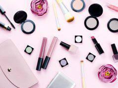 Prodotti makeup da portare in vacanza