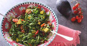 menu di agosto, insalata di avocado il video tutorial