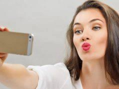 selfie donna