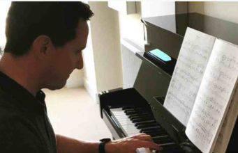 Incidente aereo, morto il compositore Jonathan Goldstein – Video