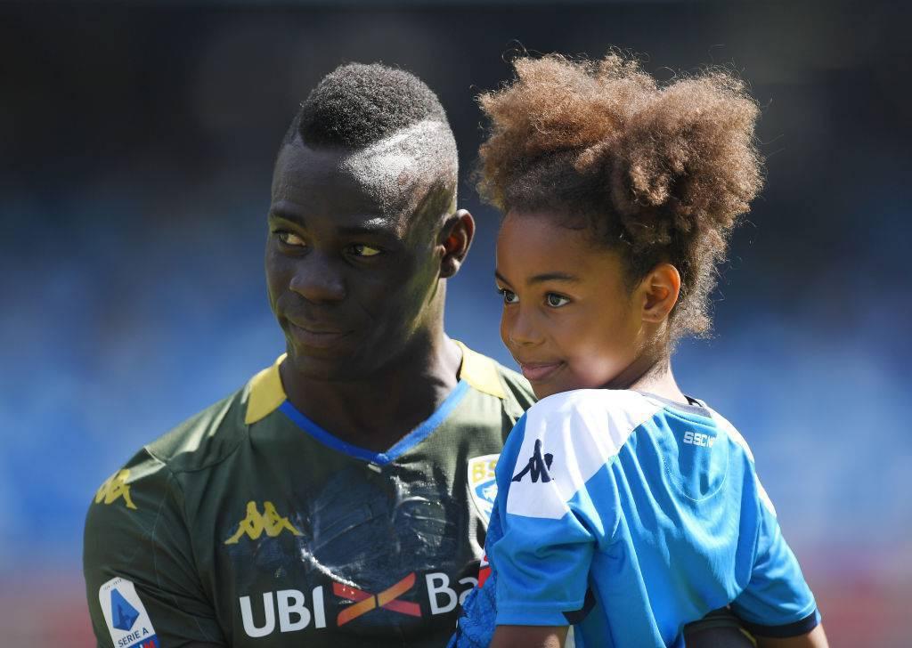 Balotelli segna il gol più bello: porta la figlia allo stadio
