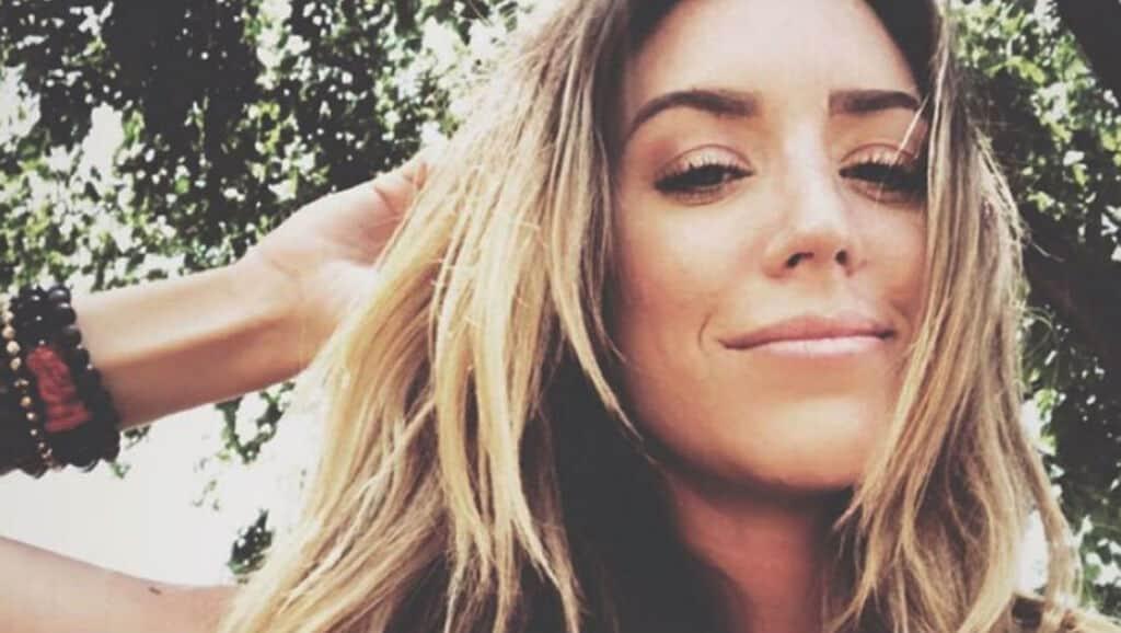 Kylie Rae Harris muore in un incidente stradale