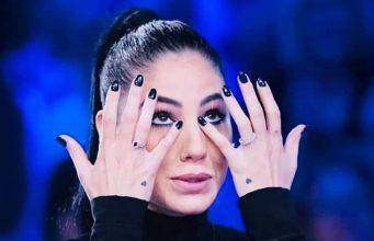 """Giulia De Lellis piange in diretta: """"tradimenti? Ho spaccato tutto"""""""