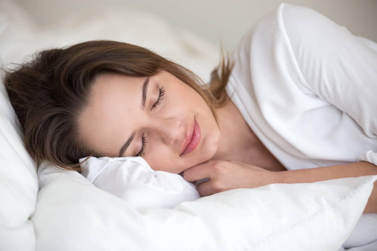 Sette rimedi della nonna per dormire meglio