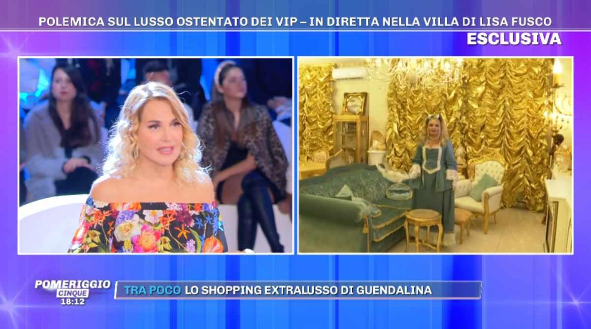 Barbara d'Urso e Lisa Fusco in diretta