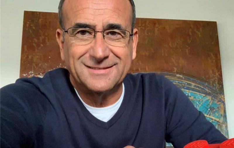 Carlo Conti in posa