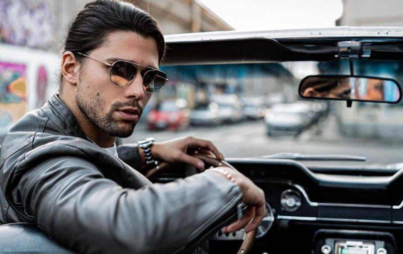 Luca Onestini in auto