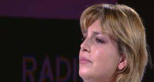 emma marrone piange