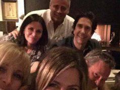 Jennifer Aniston e cast di Friends