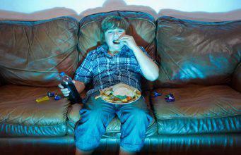 Obesità infantile: l'errore nella quantità e qualità del cibo-VIDEO