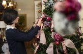 Chi prepara le decorazioni natalizie in anticipo è più felice