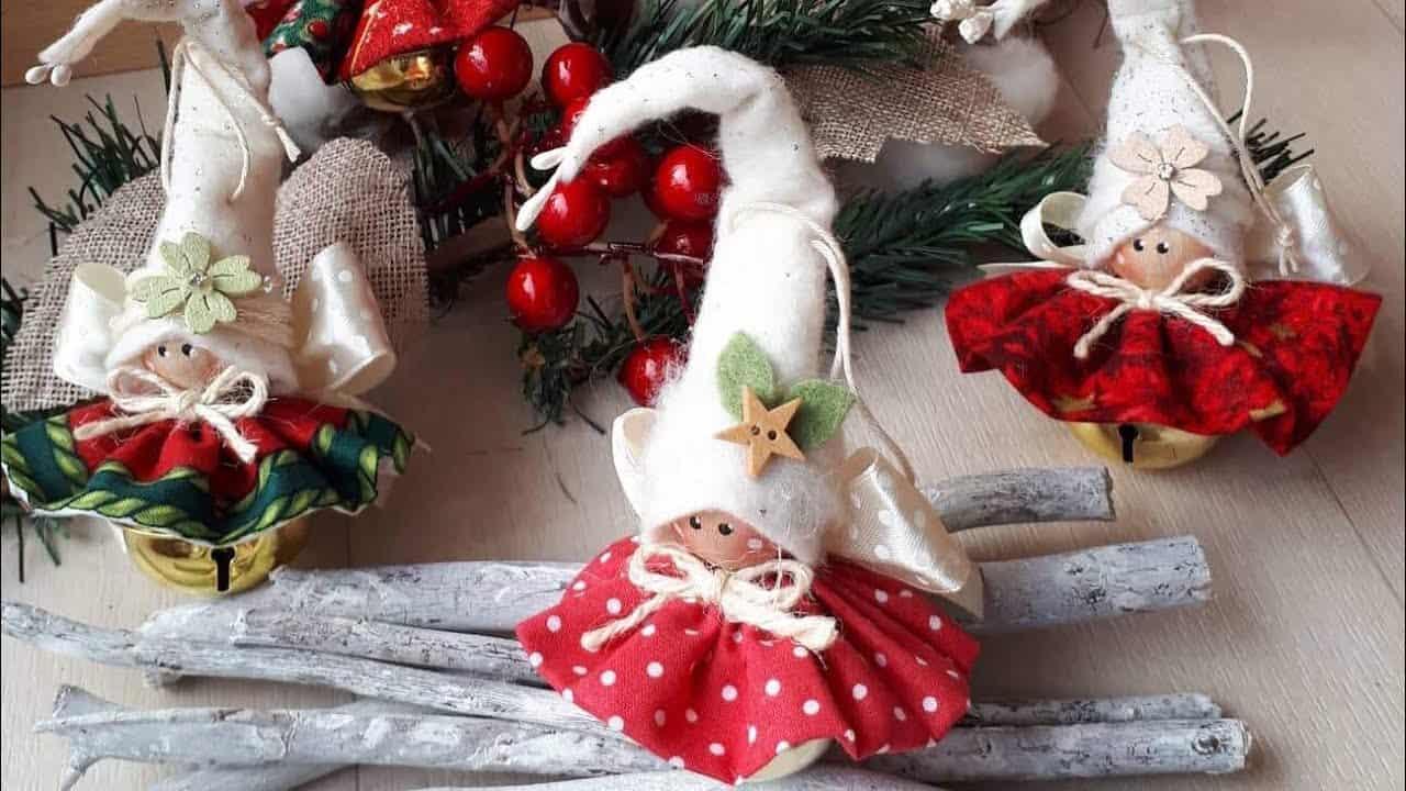 Come Fare Pacchetti Natalizi come realizzare dei campanellini natalizi fai da te-video-