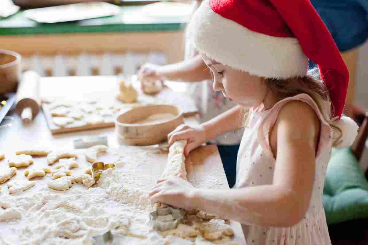 Pranzo di Natale 2020: come organizzarsi per la preparazione del cibo e della tavola