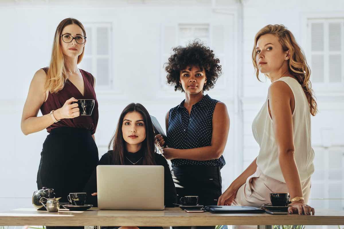 Il 78% delle donne è inconsapevole di ricevere abusi finanziari
