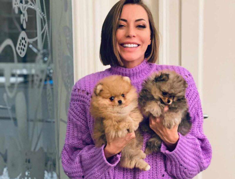 Karina Cascella presenta i cani
